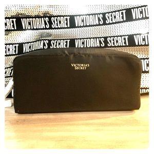 Victoria's Secret Bags - Victoria's Secret Tote bag with Makeup bag